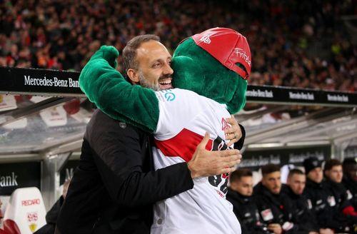 Fußball | VfB verlängert Vertrag mit Pellegrino Matarazzo vorzeitig
